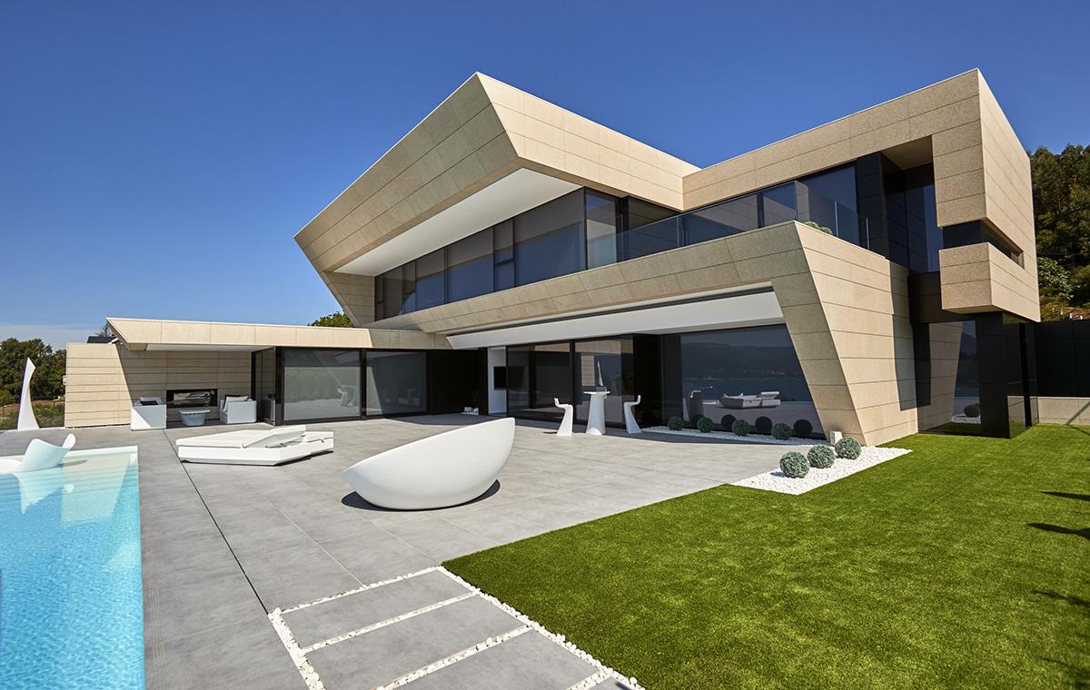 Vivienda unifamiliar en la playa de area viveiro for Vivienda unifamiliar arquitectura